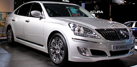 Hyundai Builds in an iPad in Upcoming Equus